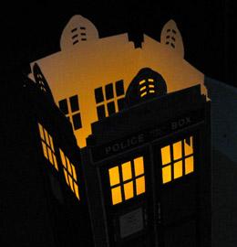 tardis-candle-lit-dark-260px-IMG_2206
